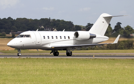 Challenger 605 for sale exterior